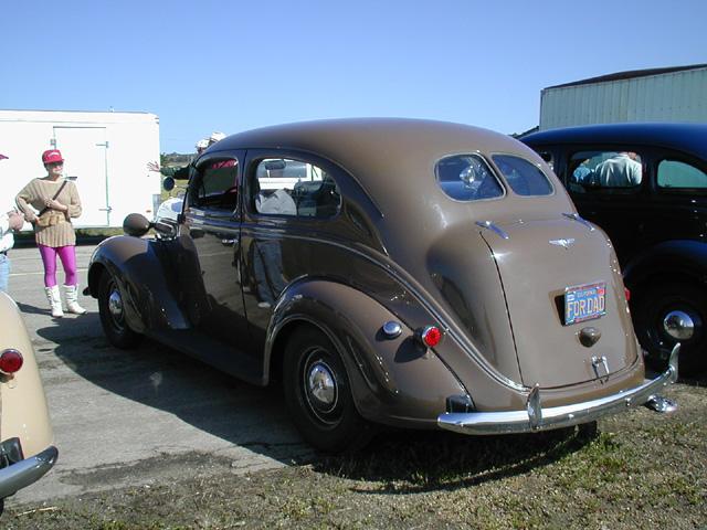1937 plymouth de luxe touring two door sedan p for 1937 plymouth 4 door sedan