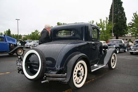 Plus the 30 coupe had an oval rear window