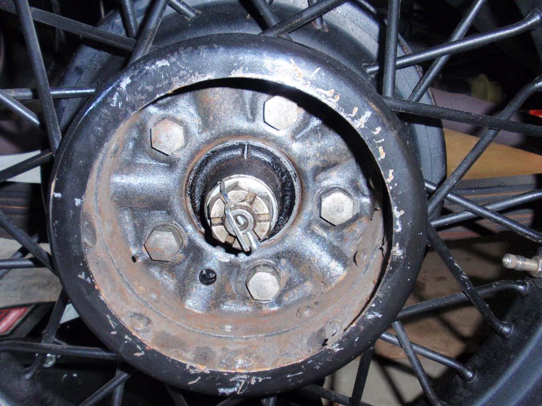 1933 Plymouth Rear Axle Oil Seal Repair